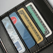 Billetera con tarjetas de crédito